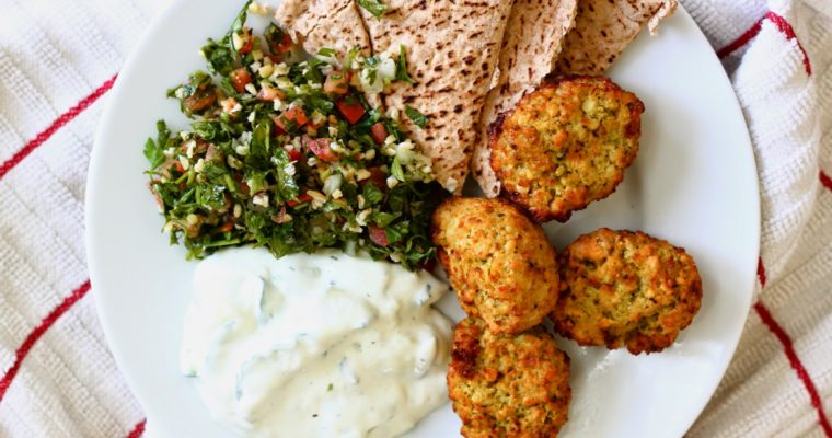Let's do Lunch: Easy Falafel Pita Sandwiches